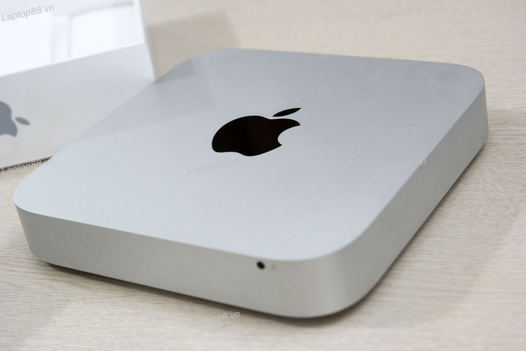Mac mini 2012 MD387LL (Core i5 3210M, 4GB, 500GB, Intel HD Graphics 4000)3