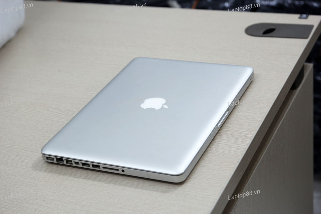 Macbook Pro MD314 cũ (Core i7 2640M, 4GB, 750GB, Intel HD Graphics 3000, 13.3 inch)0
