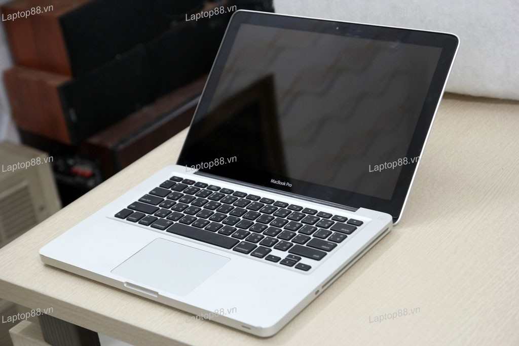 Macbook Pro MD314 cũ (Core i7 2640M, 4GB, 750GB, Intel HD Graphics 3000, 13.3 inch)