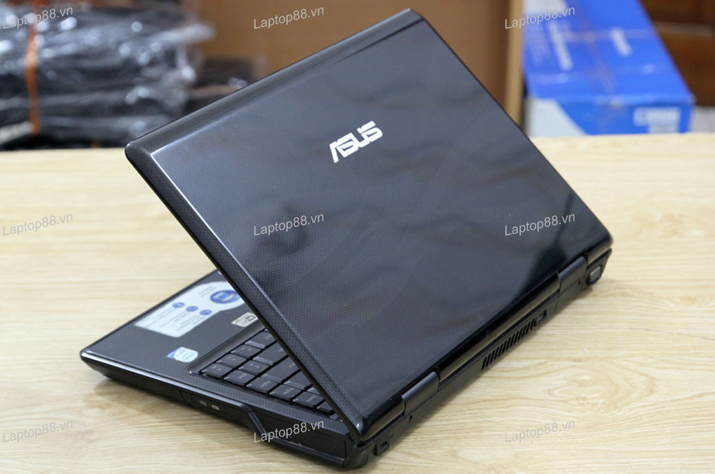 Laptop cũ Asus F80Q (Core 2 Duo T5800, 2GB, 250GB, Intel GMA X4500MHD, 14.1 inch)