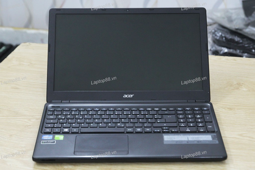 Laptop cũ Acer Aspire E1-570G (Core i5 3337U, 4GB, 500GB, VGA 2GB NVidia Geforce GT 740M, 15.6 inch)2