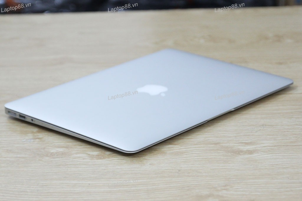 Macbook Air MD760 cũ (Core i5 4260U, 4GB, SSD 128GB, Intel HD Graphics 5000, 13.3 inch)
