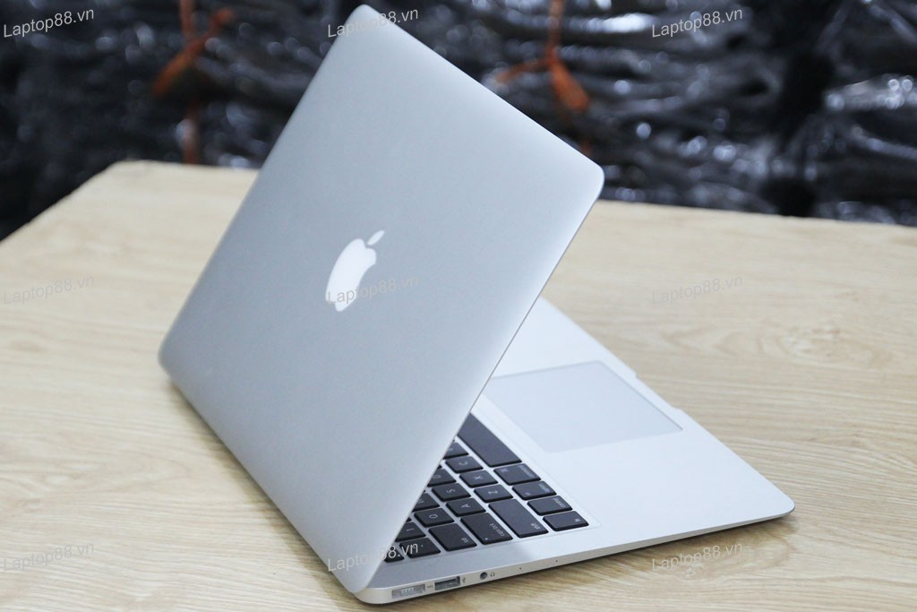 Macbook Air MD760 cũ (Core i5 4260U, 4GB, SSD 128GB, Intel HD Graphics 5000, 13.3 inch)5