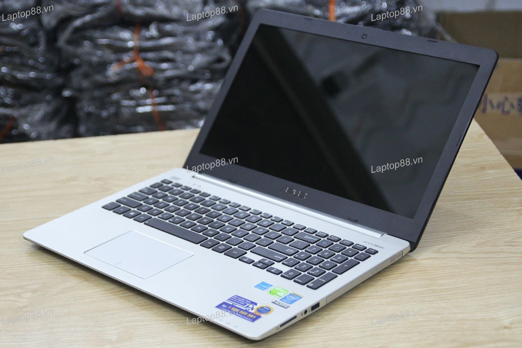 Laptop cũ Asus K551LN (Core i5 4200U, 4GB, 500GB + SSD 24GB, VGA 2GB NVidia Geforce GT 840M, 15.6 inch)