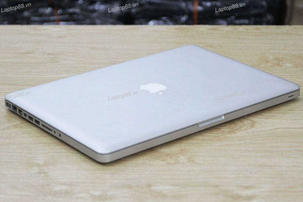 Macbook Pro MD103 cũ (Core i7 3610QM, 8GB, SSD 256GB, NVidia Geforce GT 650M, 15.4 inch)0