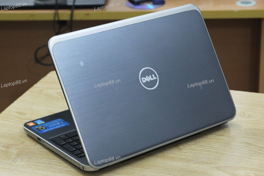Laptop cũ Dell Inspiron 5537 (Core i5 4200U, 4GB, 250GB, VGA 2GB AMD Radeon HD 8670M, 15.6 inch)5