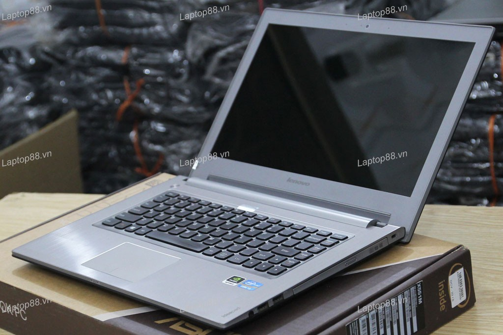 Laptop cũ Lenovo Ideapad Z400 (Core i3 3120M, 4GB, 500GB, VGA 2GB NVidia Geforce GT 635M, 14 inch)4