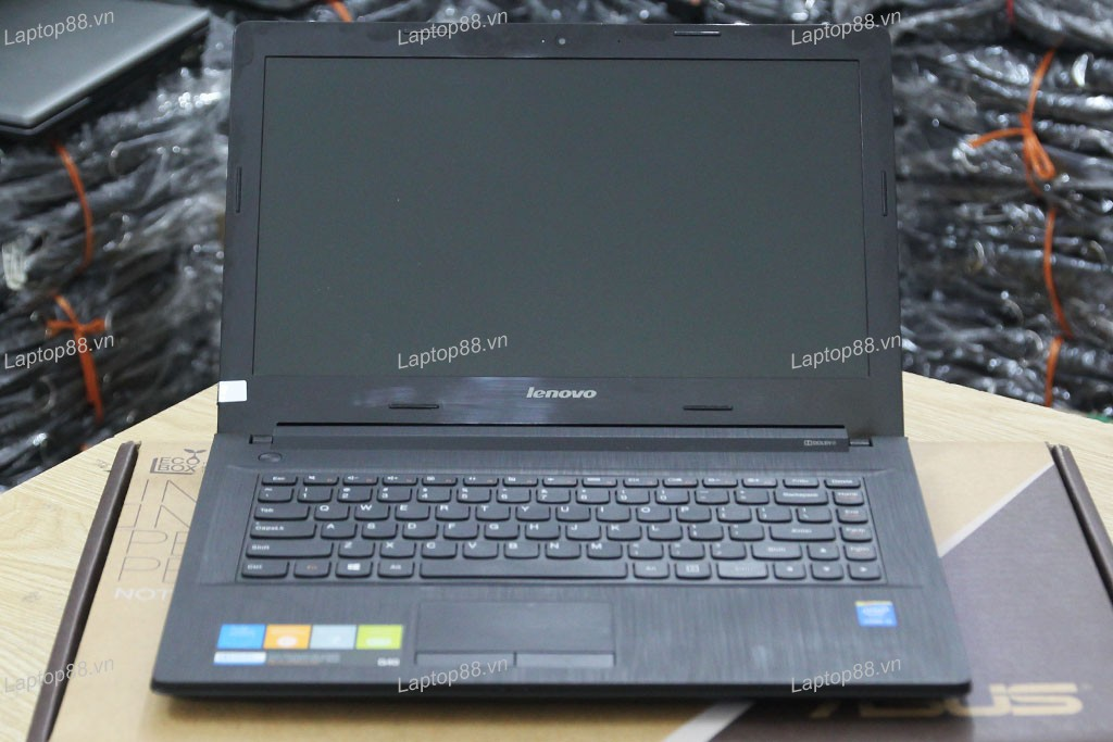 Laptop cũ Lenovo G40-70 (Core i3 4010U, 4GB, 500GB, Intel HD Graphics 4400, 14 inch)2