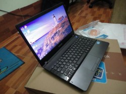 Laptop cũ Samsung NP300E (Core i3-2350M, 2GB, 500GB, Intel HD Graphics, 14 inch, FreeDOS)