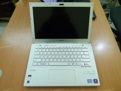 Laptop cũ Sony Vaio SVS13112EGS (Core i5 3210M, 4GB, 500GB, Intel HD Graphics 4000, 13.3 inch)