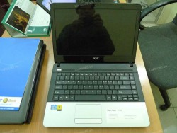 Laptop cũ Acer Aspire E1-431 (Core i3 2328M, 2GB, 320GB, Intel HD Graphics 3000, 14 inch)