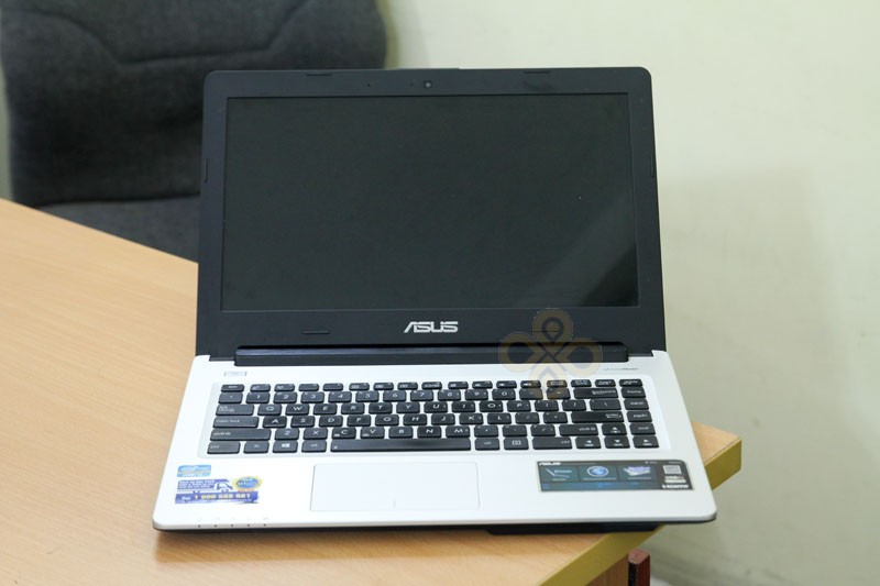 Laptop Asus A46CA (Core i3 2365M, RAM 2GB, HDD 500GB, Intel HD Graphics 3000, 14 inch)