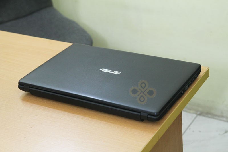 Laptop Asus X551C (Core i3 3217U, RAM 2GB, HDD 500GB, Intel HD Graphics 4000, 15.6 inch)