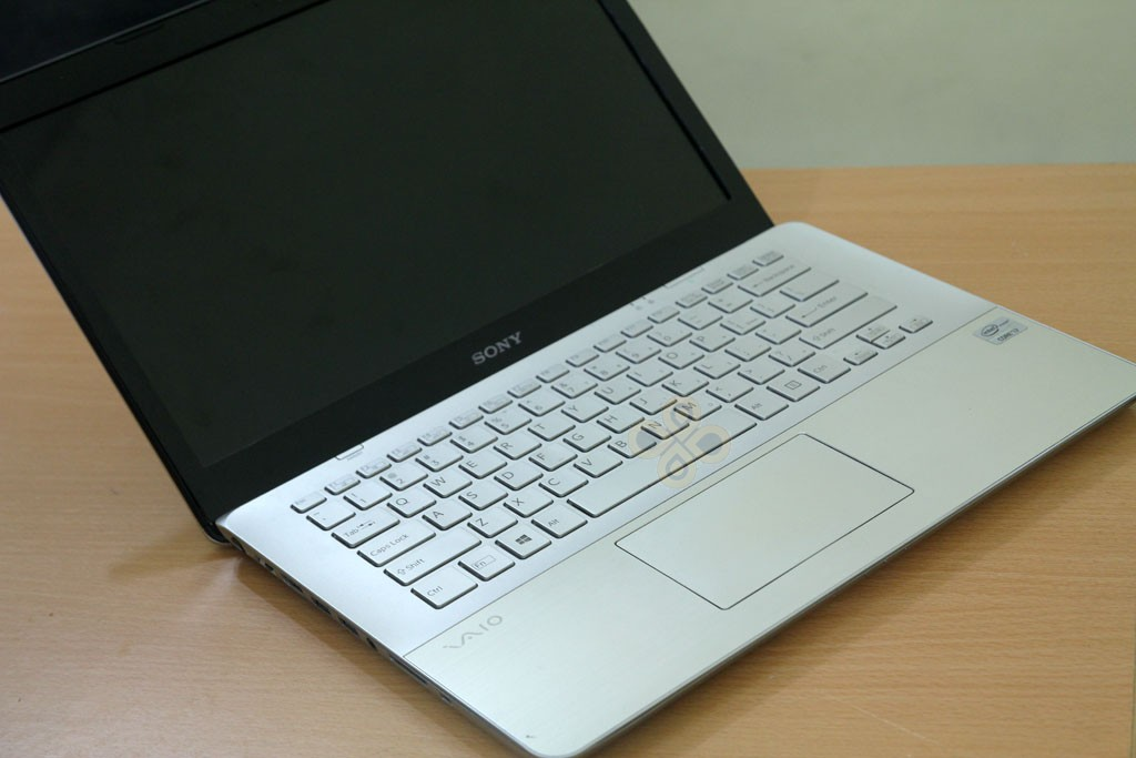 Sony Vaio SVF14A16SGS touchpad
