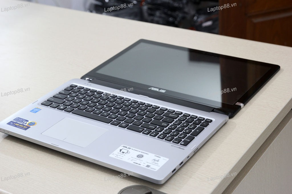 Laptop Asus TP550LA (Core i3 4030U, RAM 4GB, HDD 500GB, Intel HD Graphics 4400, 15.6 inch cảm ứng - touch screen)4