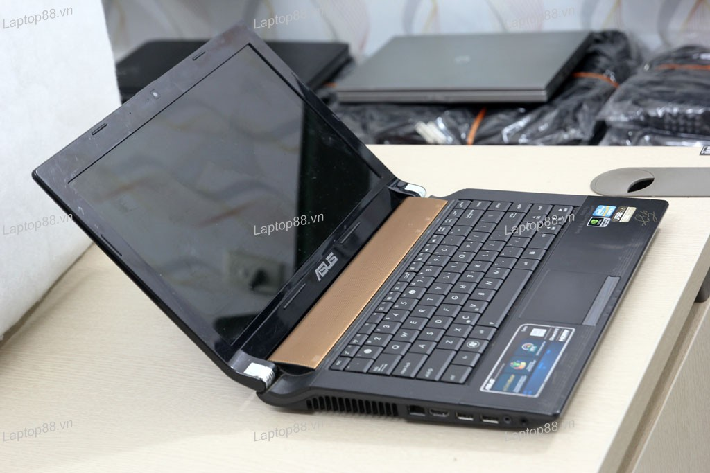 Laptop Asus N43SM (Core i5 2450M, RAM 4GB, HDD 500GB, Nvidia Geforce GT 630M, 14 inch)