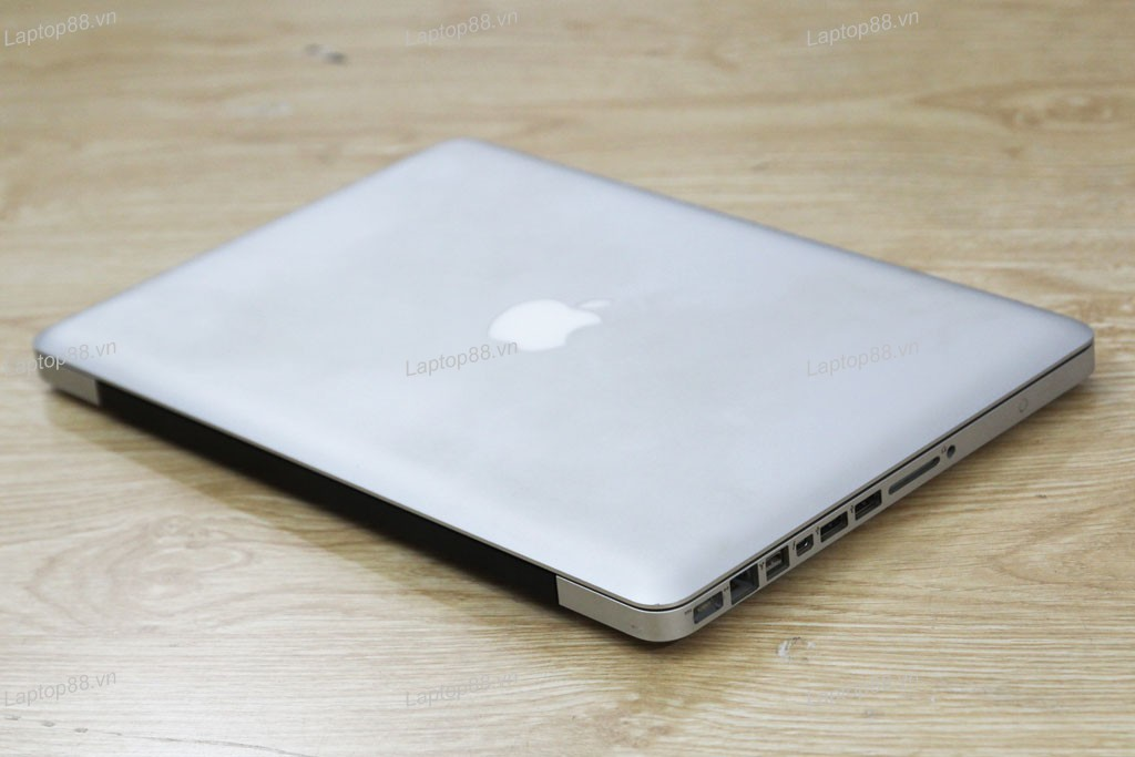Macbook Pro MC700 (Core i5 2415M, RAM 4GB, HDD 500GB, Intel HD Graphics 3000, 13.3 inch)