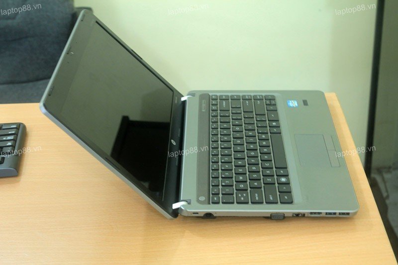 Laptop HP Probook 4430s (Core i3-2370M, RAM 2GB, HDD 250GB, Intel HD Graphics 3000, 14 inch, FreeDOS)0
