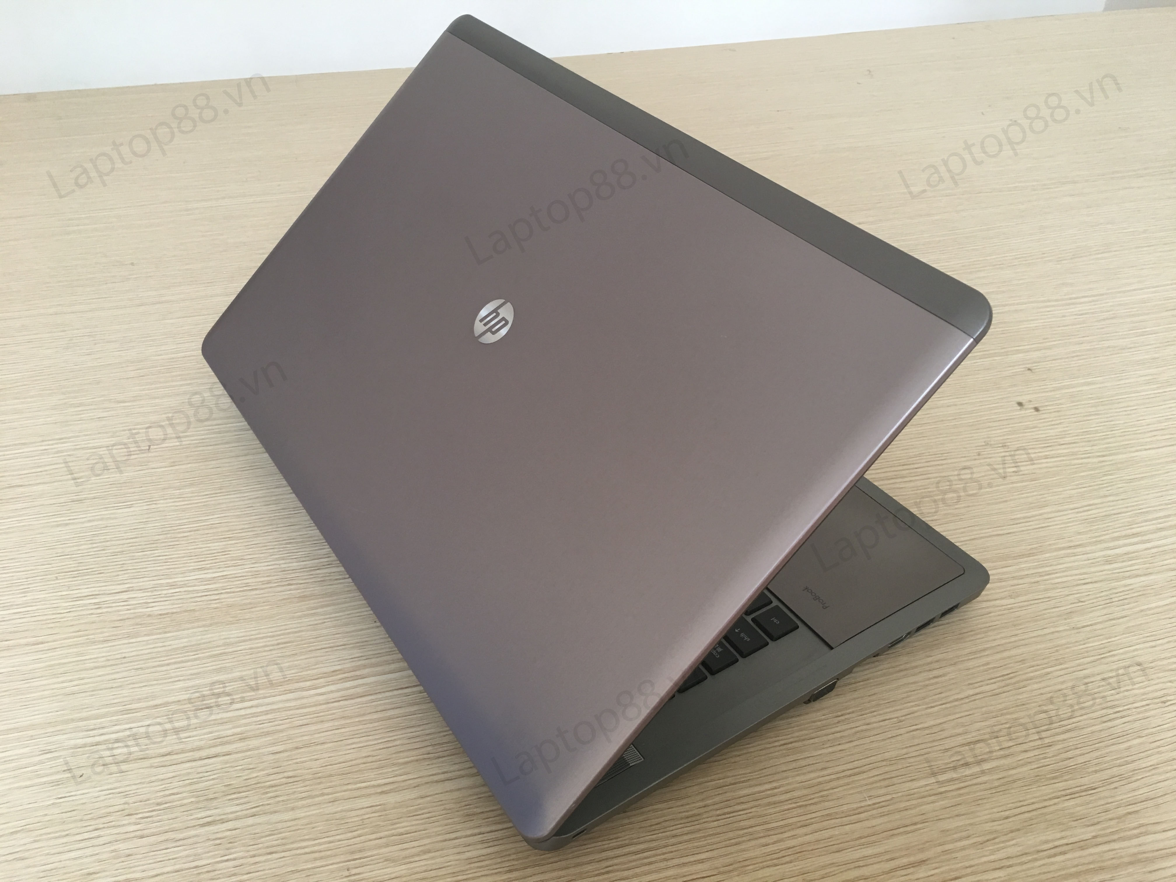 Laptop HP Probook 4740s ( Core i5 3210M, Intel HD Graphics 4000 and AMD RadeonHD 7650M with 1GB vRAM, RAM 4GB, HDD 250GB, 17,3 inch HD+ chống chói)