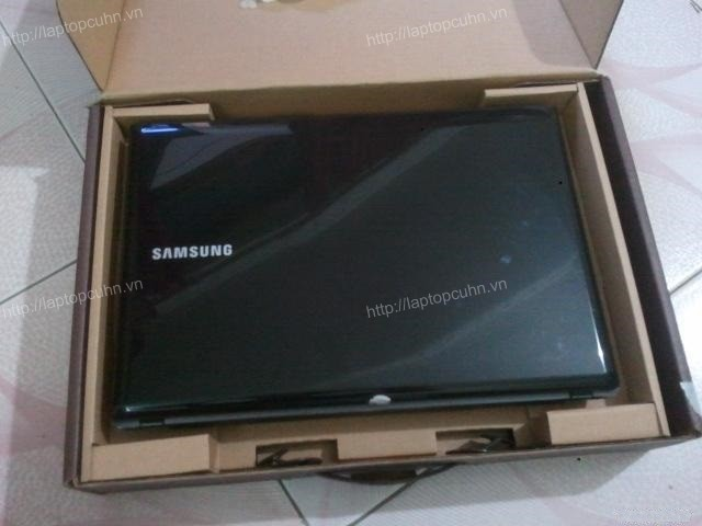 Laptop Samsung R439 (Core i5-460M, RAM 2GB, HDD 320GB, ATI Radeon HD 5470, 14 inch, FreeDOS)6