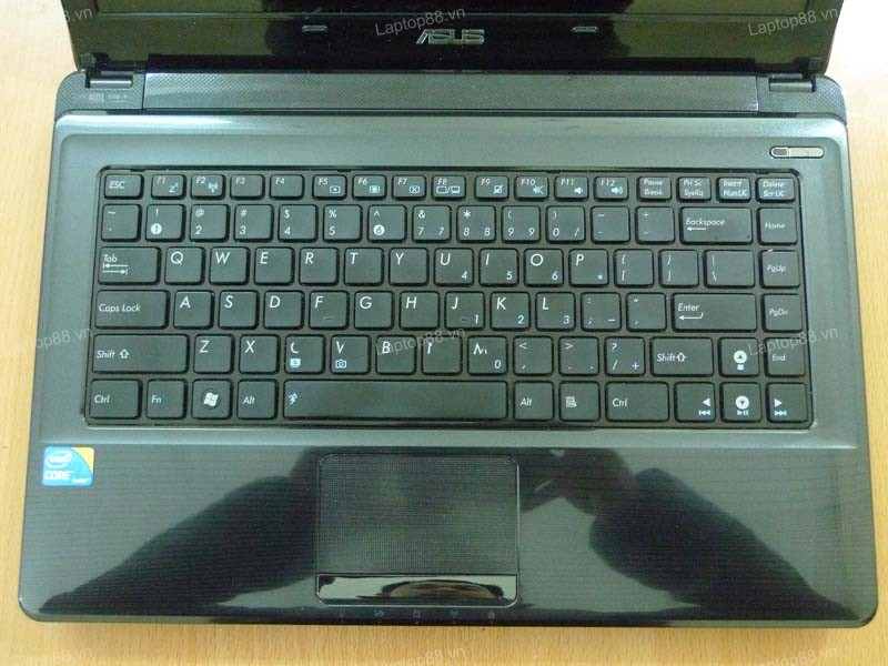 Laptop Asus A42F (Core i3 370M, RAM 2GB, HDD 320GB, Intel HD Graphics, 14 inch)3