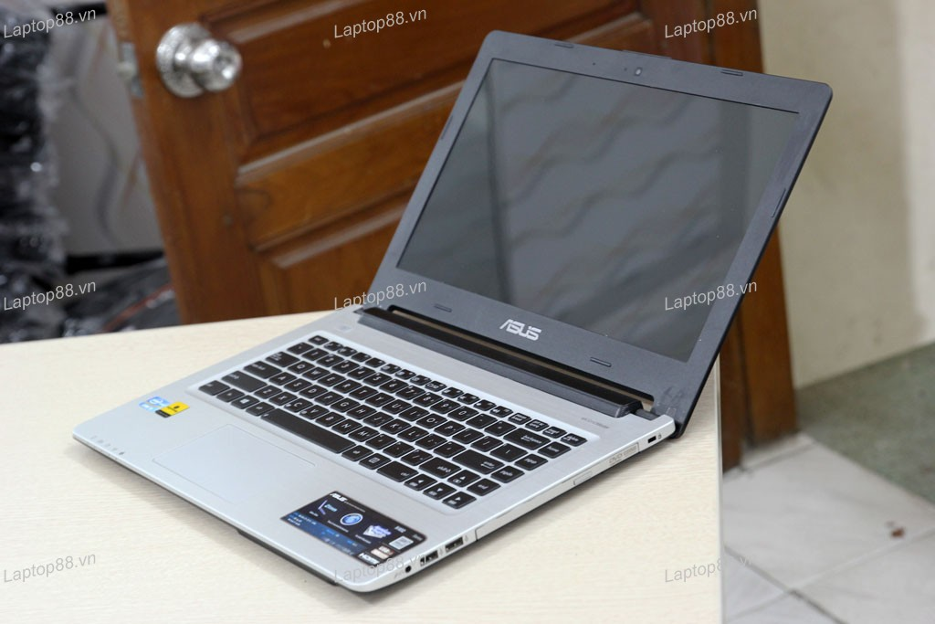 Laptop Asus K46CA (Core i3 3217U, RAM 4GB, HDD 500GB, Intel HD Graphics 4000, 14 inch)