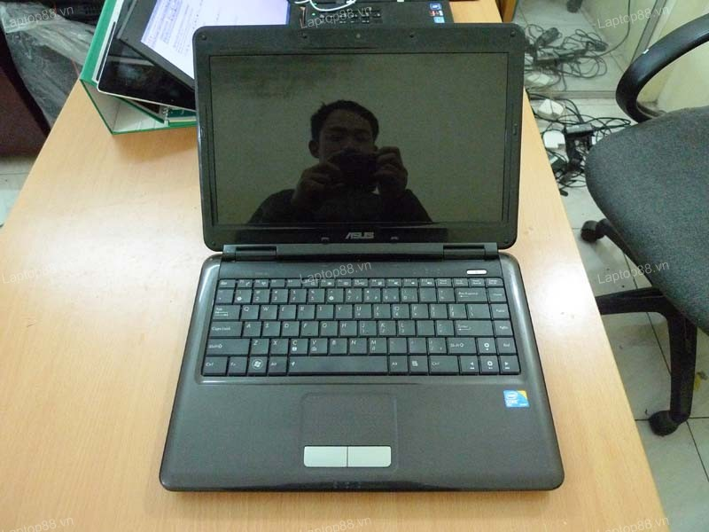 Laptop Asus X8AIJ (Core 2 Duo T5870, RAM 2GB, HDD 250GB, Intel GMA X4500MHD, 14 inch)
