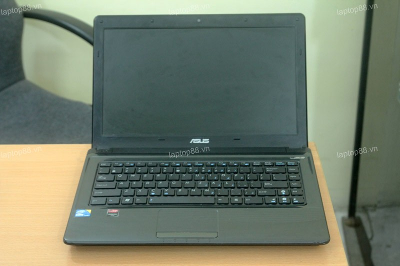 Laptop Asus K42JA (Core i5 460M, RAM 2GB, HDD 500GB, 2GB AMD Radeon HD 5730M, 14 inch)