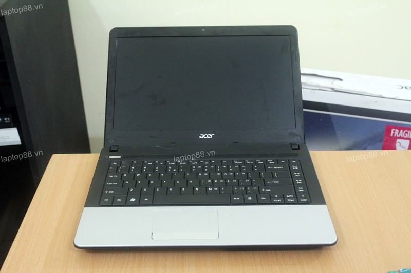 Laptop Acer Aspire E1-471 (Core i3 2328M, RAM 2GB, HDD 320GB, Intel HD Graphics 3000, 14 inch)