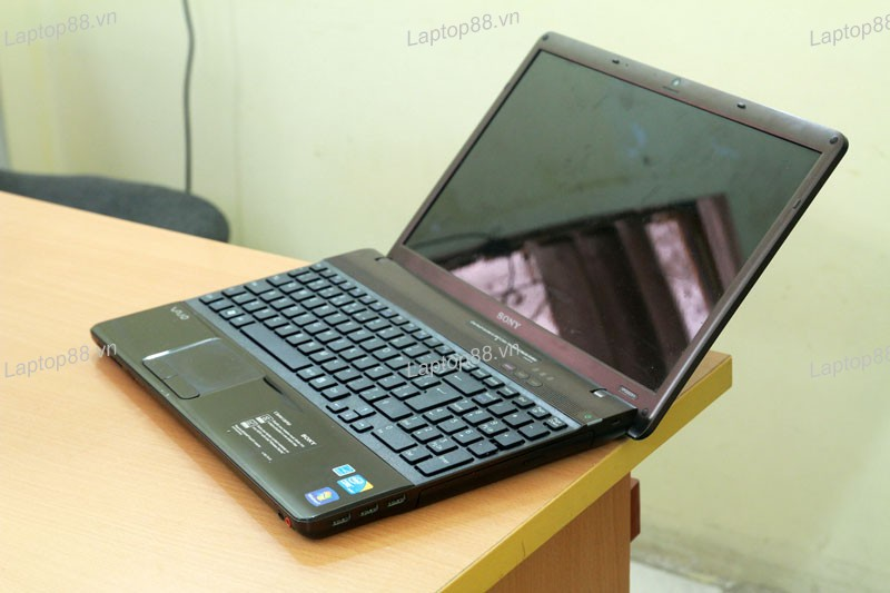 Laptop Sony Vaio VPCEB46FX (Core i5 460M, RAM 2GB, HDD 250GB, Intel HD Graphics, 15.5 inch)