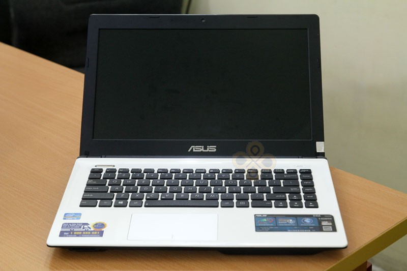 Laptop Asus K45A White (Core i3 3110M, RAM 4GB, HDD 500GB, Intel HD Graphics 4000, 14 inch)4