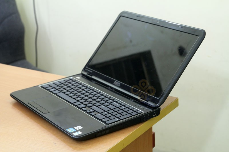 Dell N5110 canh phai